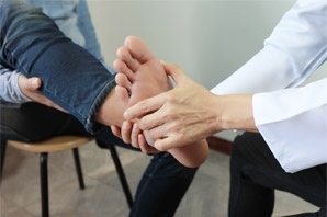 Treating Bursitis: Foot Pain